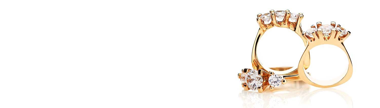 Smukke ringe med diamanter fra Melcher Copenhagen i 14 karat med 3 brillianter - den perfekte morgengave