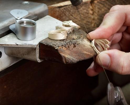 Vores eksklusive smykker laves i vores værksted