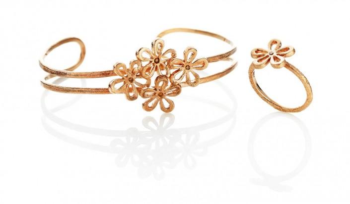 Guldsmykker fra Flower serien | Melcher Copenhagen